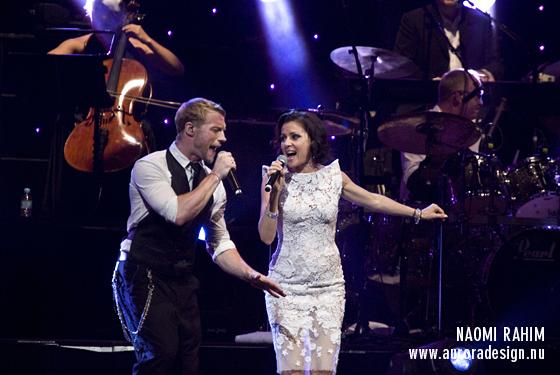 Tina Arena & Ronan Keating