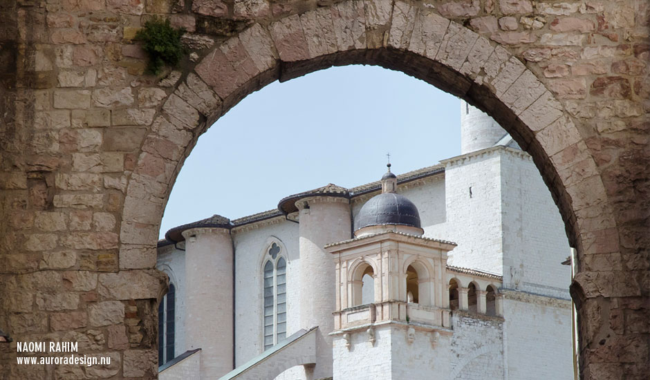 assisi-arch