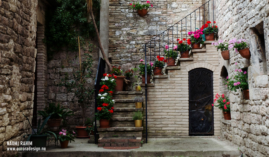 assisi-staircase