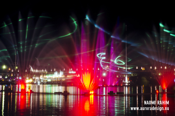 Vivid Laser-Fountain Water Theatre at Darling Harbour