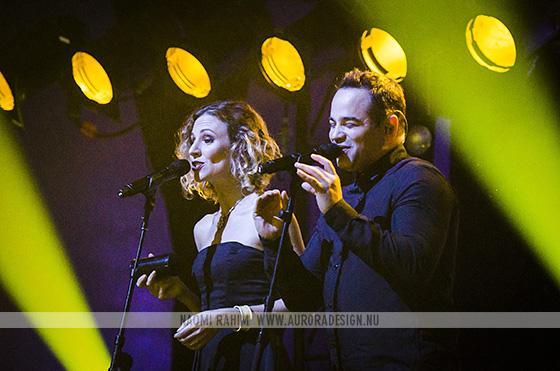 Backing singers Gary Pinto & Natasha Stewart