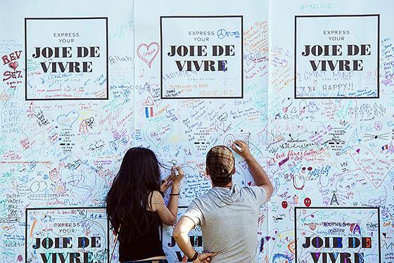 Messages of joie de vivre